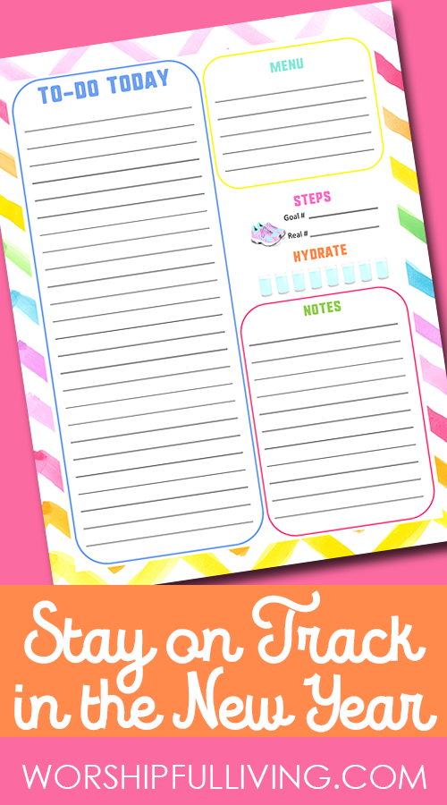 Be sure you stay on Track this year with a daily to-do list printable! This is what keeps me organized and I am excited to share it with you!